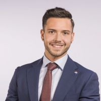 Property agent Simon Gavilan