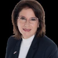 Property agent Gabriela Doescher