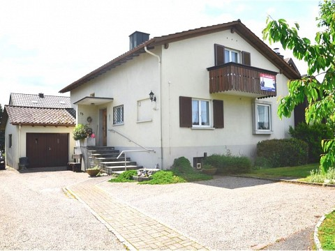 Charmantes 5.5 Zimmer Einfamilienhaus an  ruhiger Lage