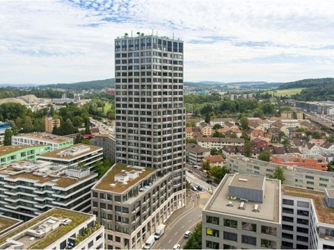 A home with vision in the Limmat Tower - exclusive 4½-roomed apartment on 10th floor